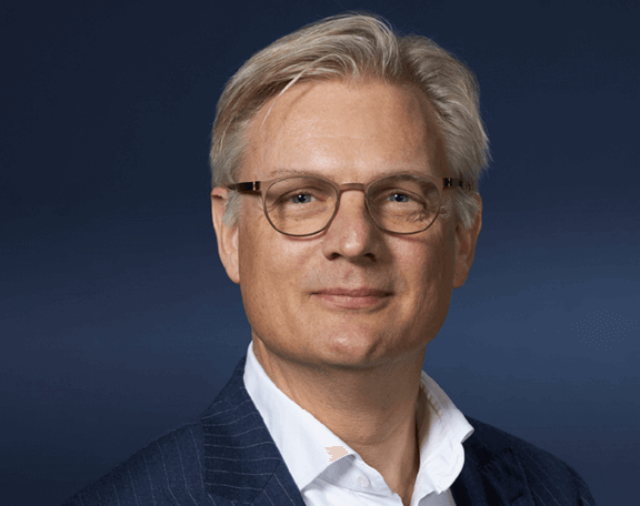 Erik Varwijk - CEO of Avion Group